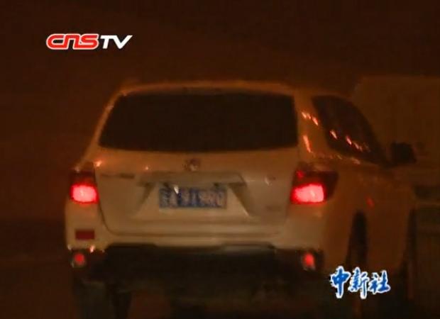 昆明城管执法上演猫鼠游戏 曾遭20余辆车监视